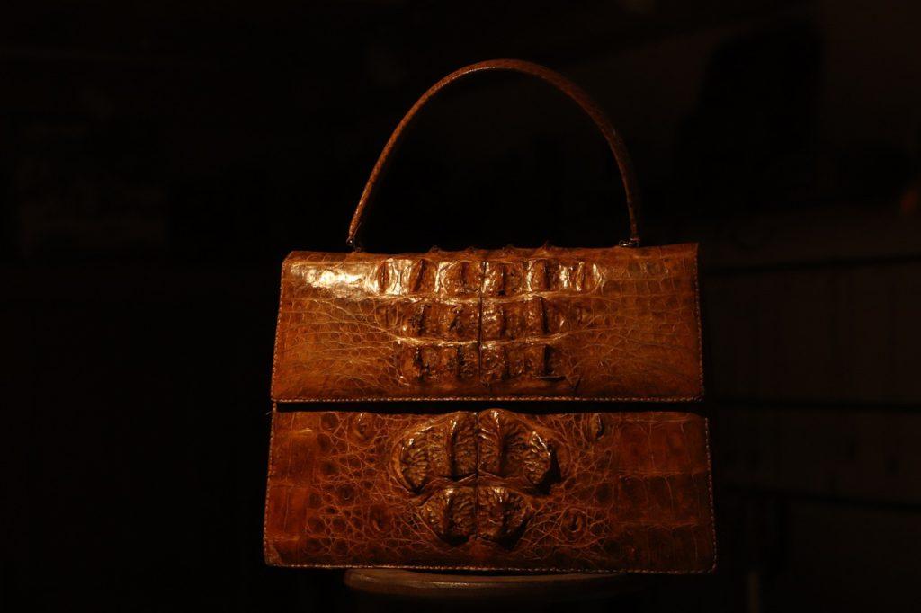 Lifestyle : le cuir de crocodile se porte maintenant partout!