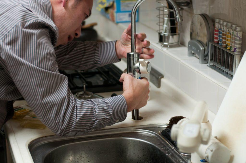Choisir le bon plombier avant l'embauche