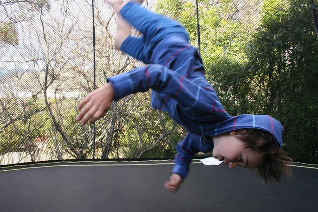 Découvrez les nombreux bienfaits du trampoline
