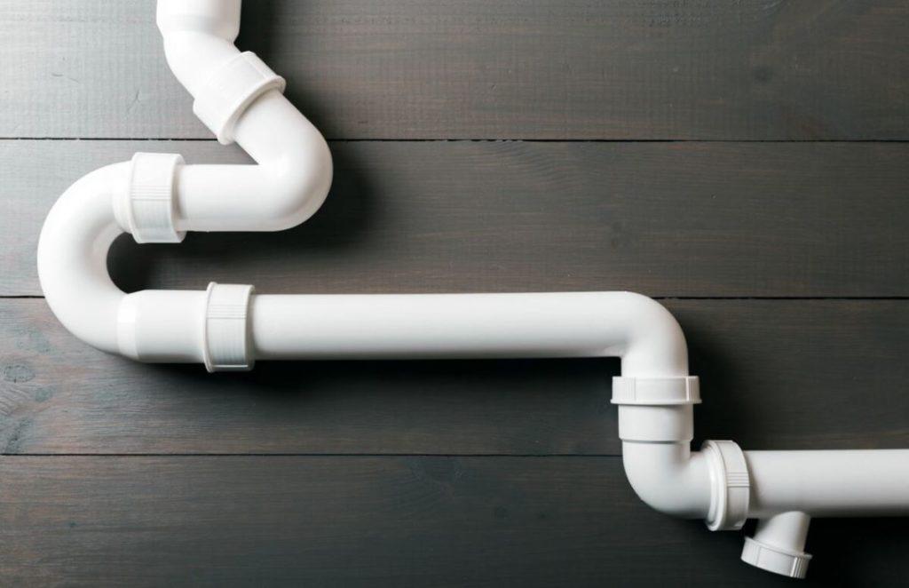 Comment détecter un tuyau d'eau dans une dalle ?